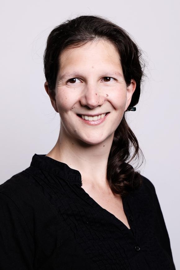 Sonja Kmec
