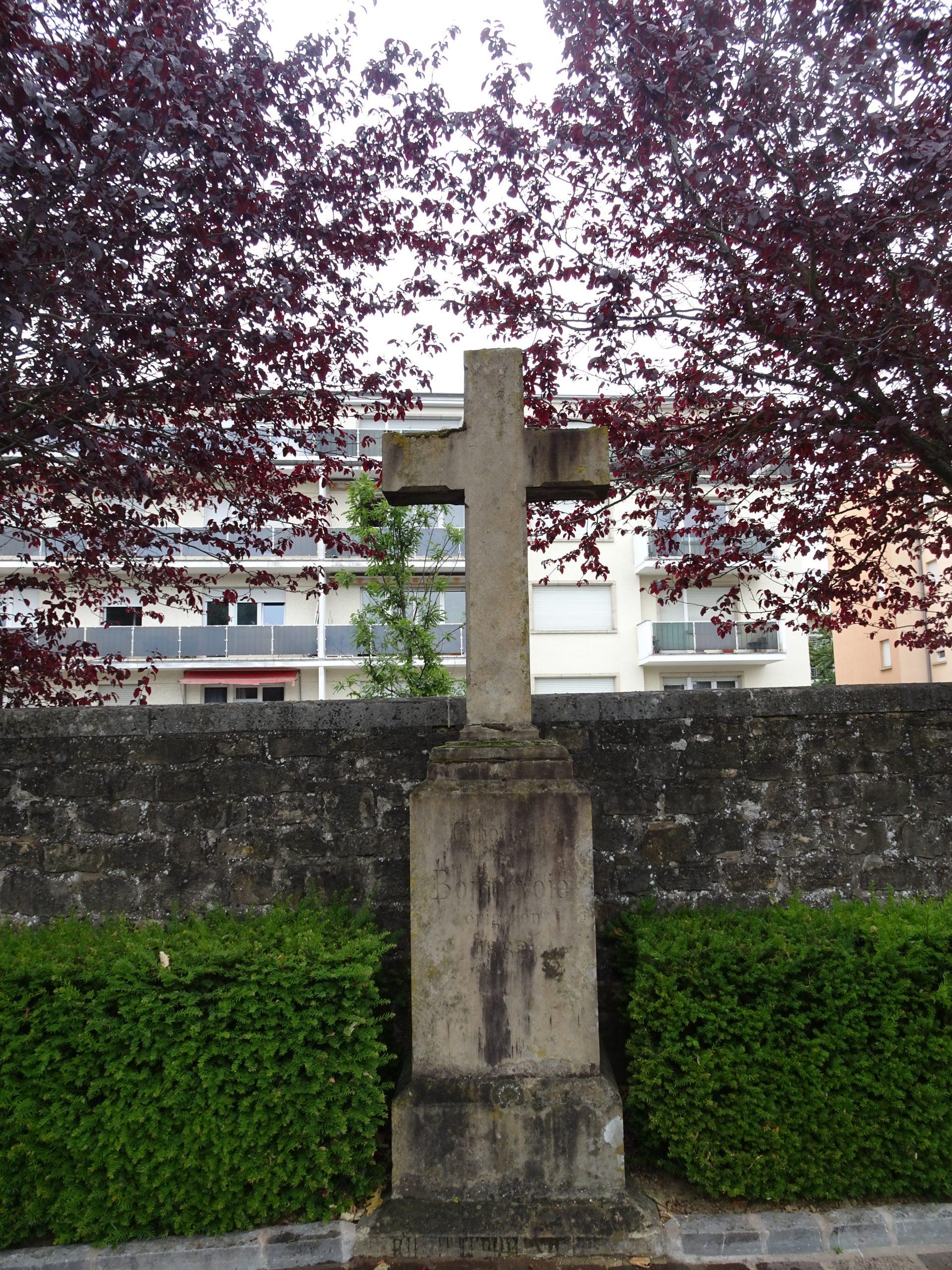 Cemetery Bonnevoie Luxembourg 2