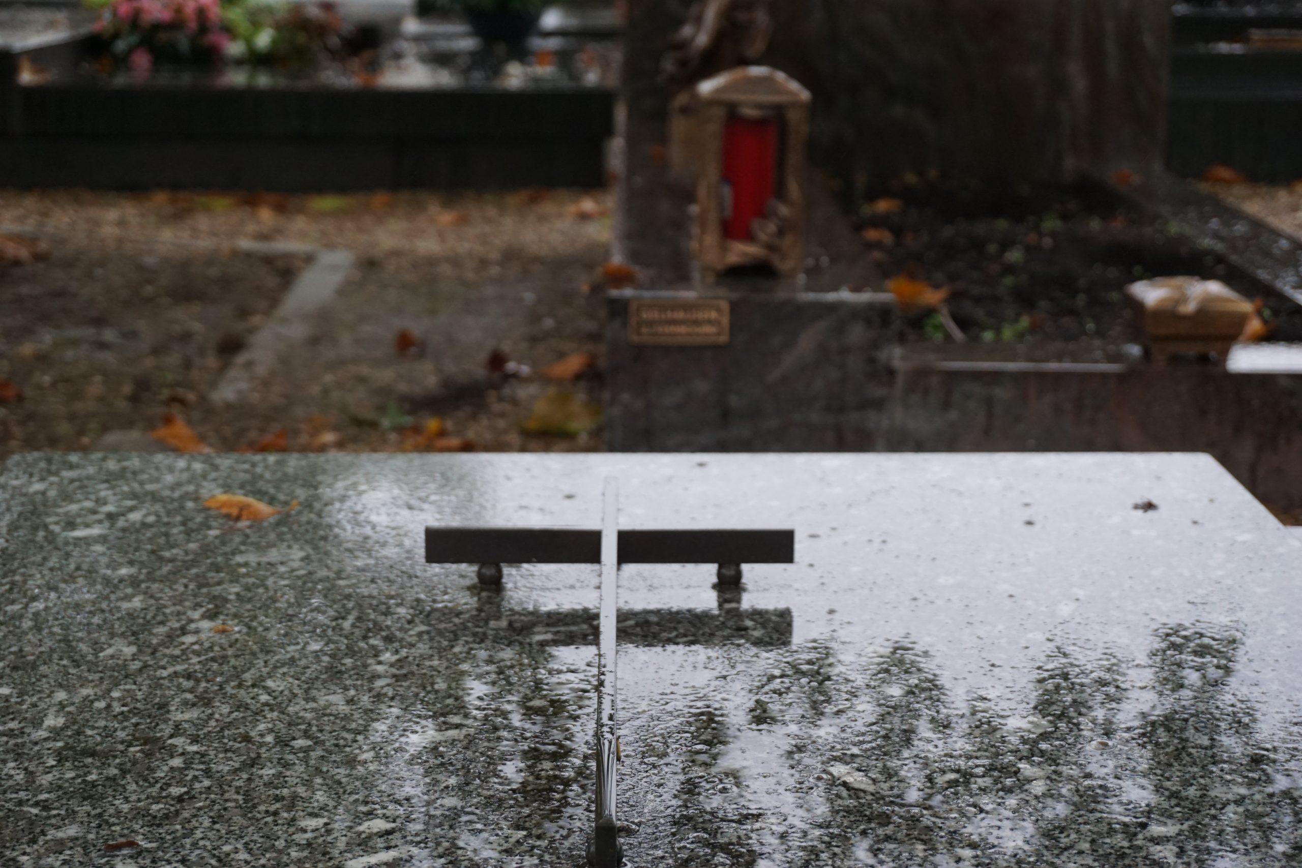 Cemetery Bonnevoie Luxembourg 4