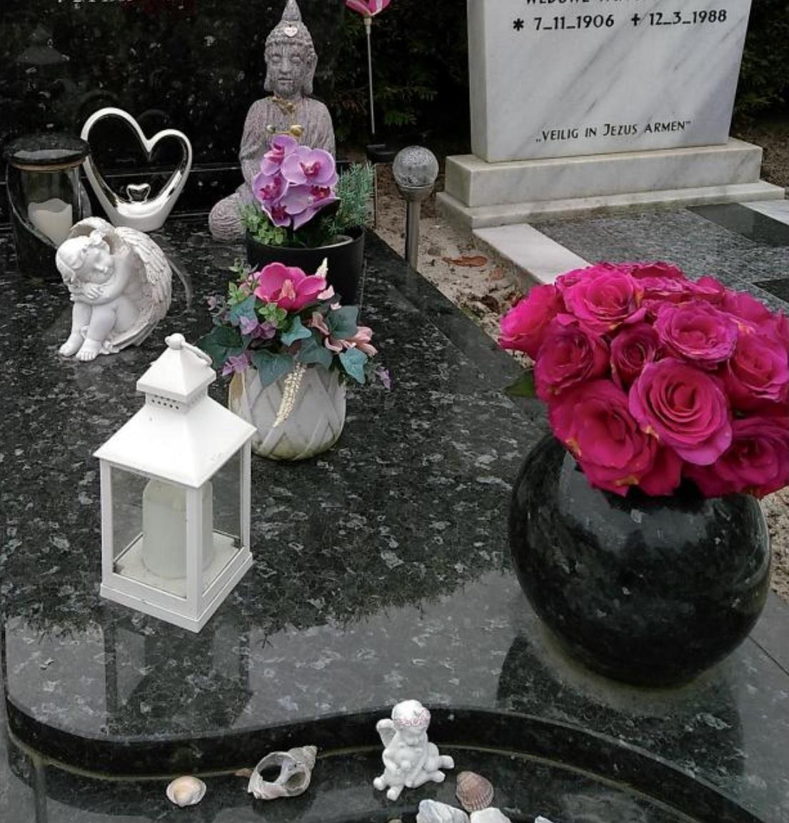 Ljouwert Leeuwarden Cemetery september 2019 the Netherlands